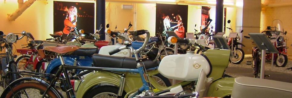 berliner ddr motorrad museum joycard. Black Bedroom Furniture Sets. Home Design Ideas
